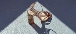 rivenditori scarpe Nicholas Kirkwood